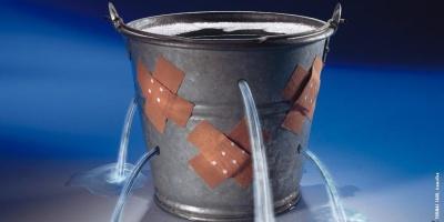 http://2.bp.blogspot.com/_QuDiIz5CpNU/TFWHop2krXI/AAAAAAAADV0/ZFhJMuLKO_M/w1200-h630-p-k-no-nu/leaky+bucket.jpg